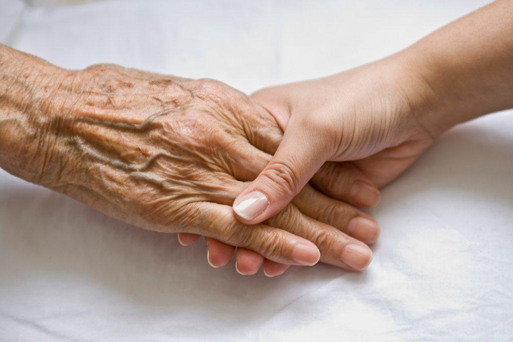 تاثیر بیماری در دروان پیری