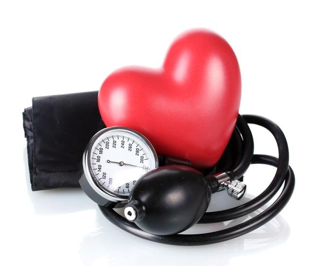 تاثیر فشار خون بر حمله قلبی